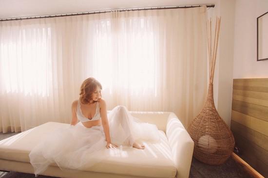 romantic bridal boudoir shoot0016