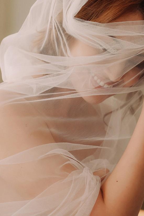 romantic bridal boudoir shoot0026