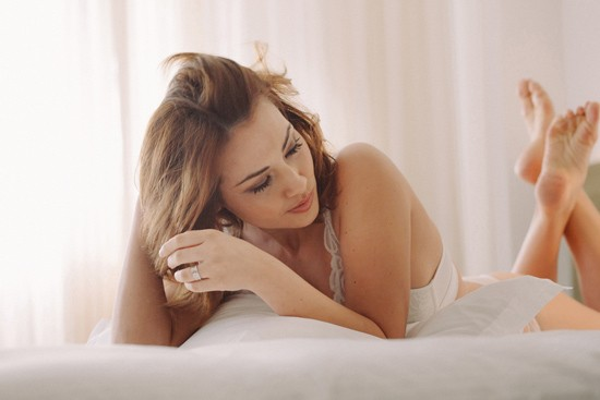 romantic bridal boudoir shoot0027