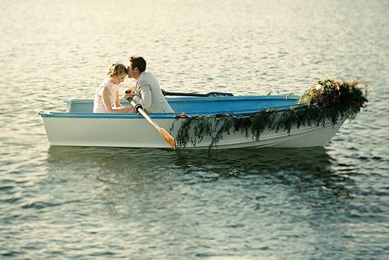 vintage rowboat wedding inspiration0006