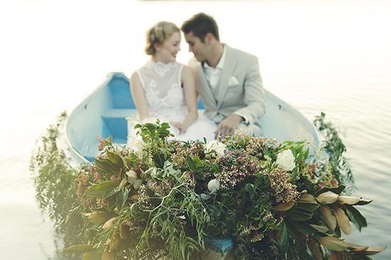 vintage rowboat wedding inspiration0012