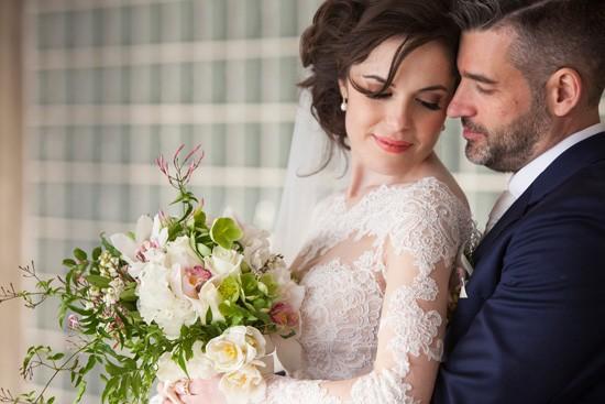 romantic traditional wedding0085