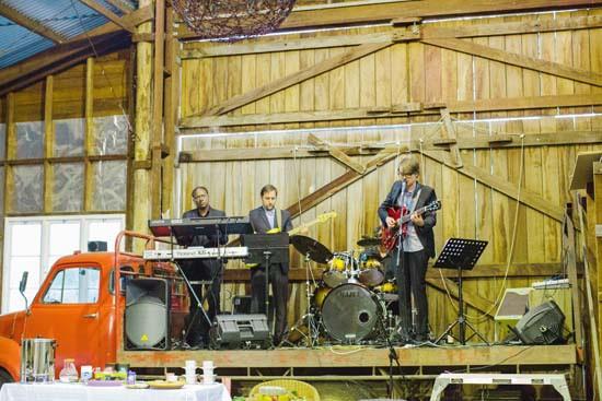 Autumn barn wedding0092