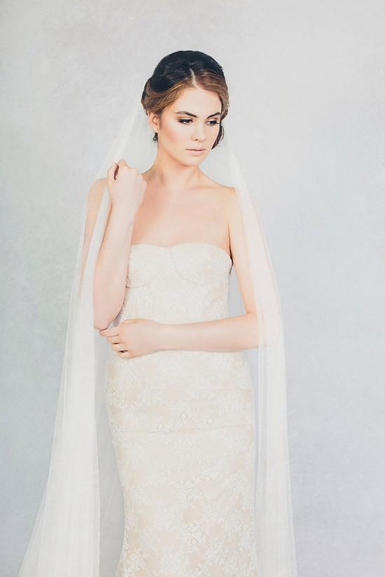 Elizabeth Stuart-Bella and Soft Tulle Veil