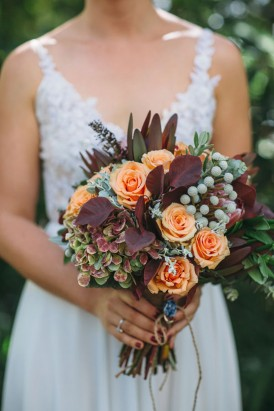 bouquet with pale orange roses