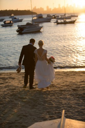 bride and groom at sydney sunset