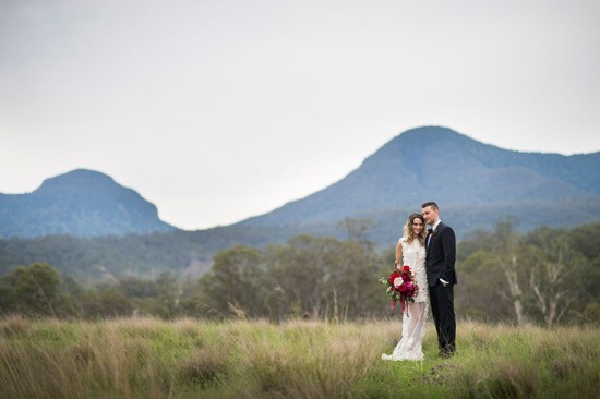 couple in front of mount tamborine