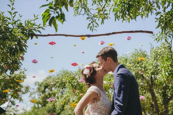 first kiss at australian wedding