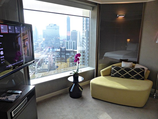 grand hyatt ambassador suite bedroom