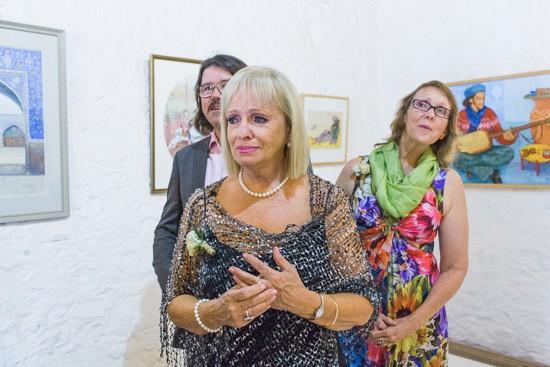 Art Gallery Wedding Moments
