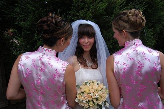 Caroline Khoo with bridesmaids