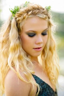 Naby blue makeup look