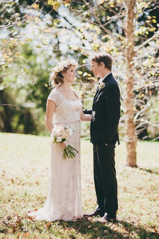 autumn sunlight wedding photo