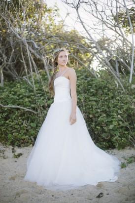 beach wedding gowns0018