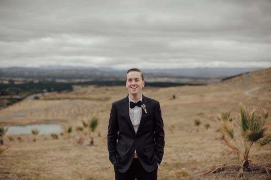 groom at canberra aboretum