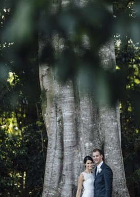 newlyweds at clovelly estate