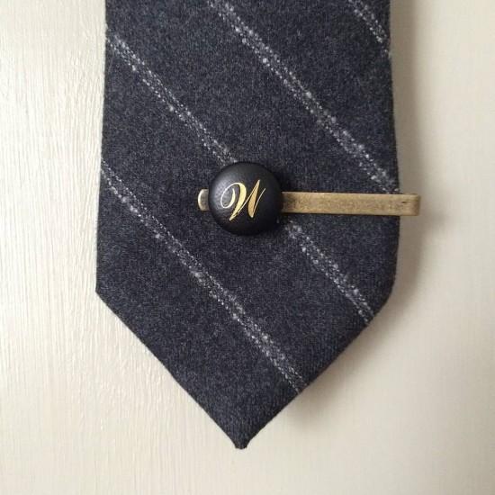 original_personalised-vintage-leather-tie-clip_3q100-square