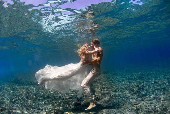 underwater wedding photos0003