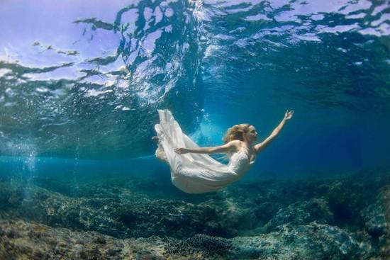 underwater wedding photos0012