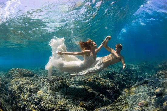 underwater wedding photos0015