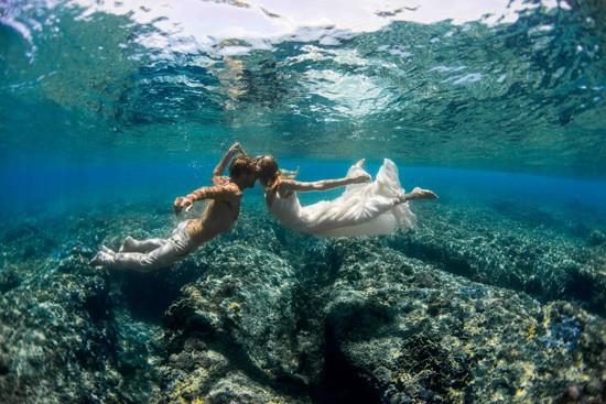 underwater wedding photos0016