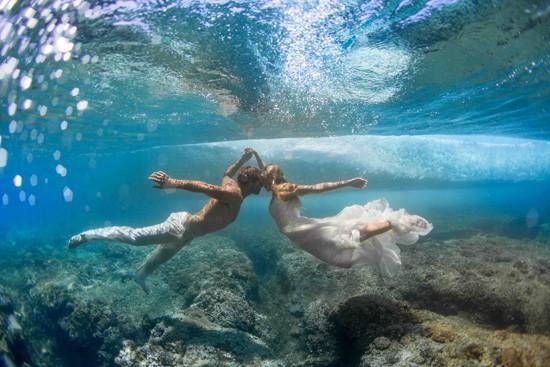 underwater wedding photos0017