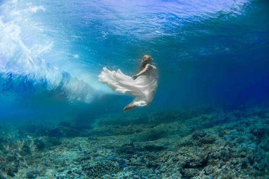 underwater wedding photos0018