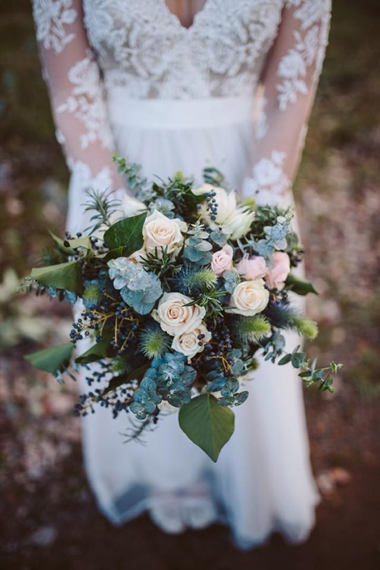 winter bouquet with cream roses