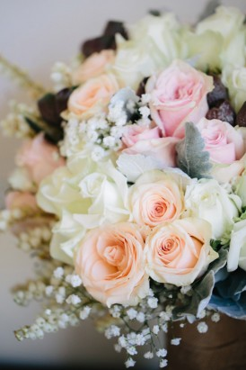 Peach and pink rose bouquet