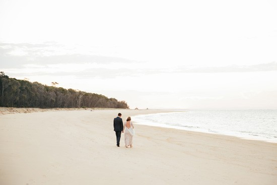 Queensland beach wedding photo