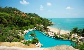 The main pool and Santhiya's pristine beach. (Image courtesy of Santhiya).