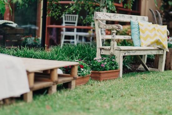 Weddin ceremony seating
