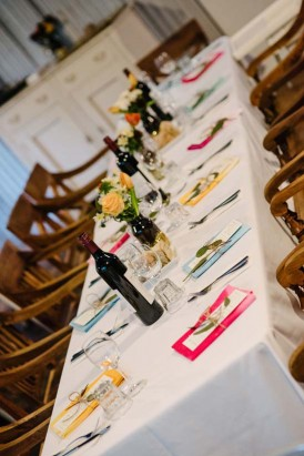 Wedding table with colourd napkins
