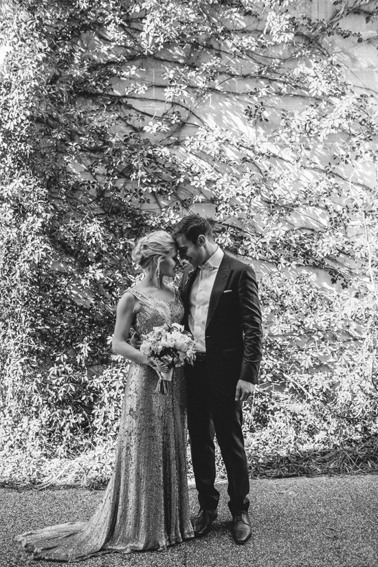 Black and white photo of newlyweds at Cafe Vue Heide
