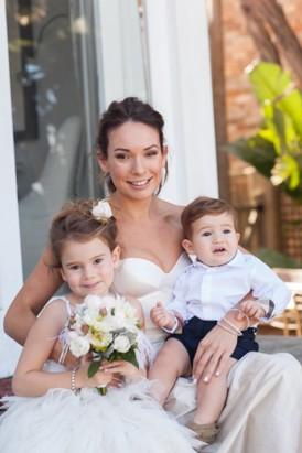 Bride with ehr children