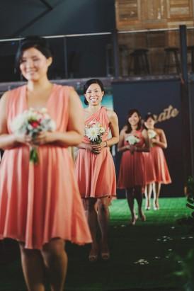 Bridesmaids-in-peach echo