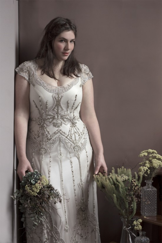 Gwendolynne - Nouveau Curvy Bride