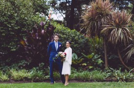 Newlyweds in Fitzroys gardens