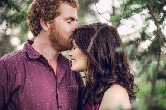 Relaxed garden engagement party23