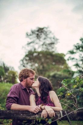 Relaxed garden engagement party28