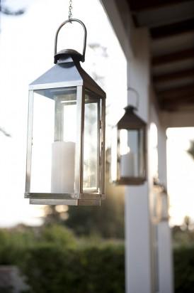 Silber lanterns at wedding
