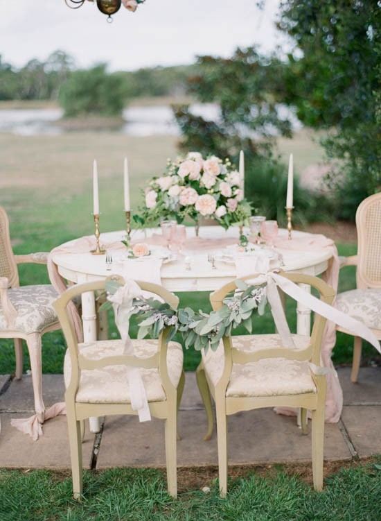 Wedding chair carland