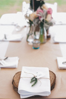 wood tree stump place setting