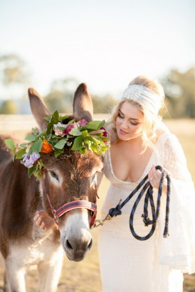 Bride with horse with flower crown