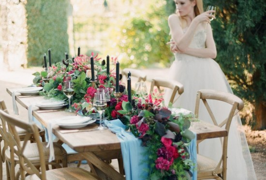 Country-Table-Garland