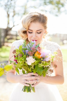 Green and bloom wedding glowers