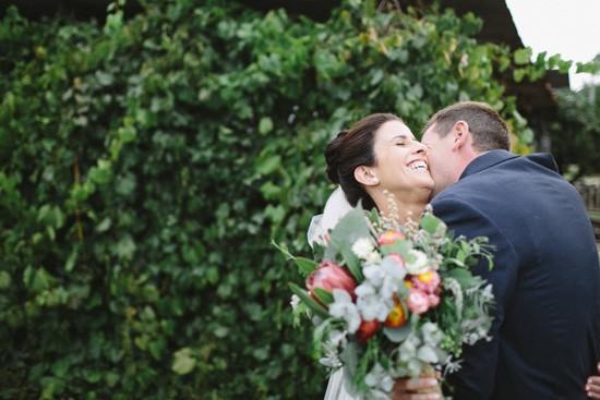 Groo kissing brides next