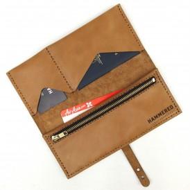 Groomsmen gifts - Hammered Leatherworks travel wallet