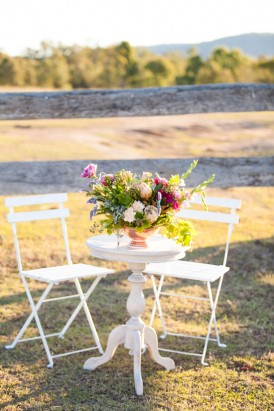 Modern country wedding ceremony decor