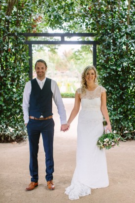 Newlyweds at Alowyn Gardens